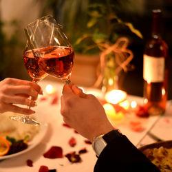 結婚記念日に自宅で夕食を食べよう。夕飯の献立やレシピと自宅で楽しむための工夫