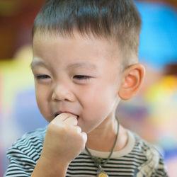 【小児科医監修】口内炎は何科を受診?口内炎を伴う病気や対策など