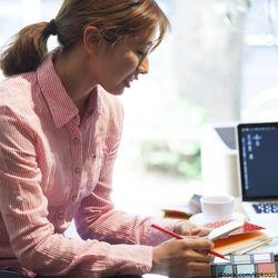 ダブルワークでは何してる?仕事選びや時間管理、家事育児と両立するための工夫