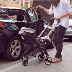 生後1ヶ月の赤ちゃんとの車移動。長距離の際などで気をつけること