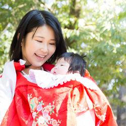 夏のお宮参りの服装。男の子や女の子の赤ちゃんに選んだ服装と気をつけたいこと