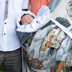 お宮参りで羽織る着物とは。羽織り方の手順や気をつけたこと
