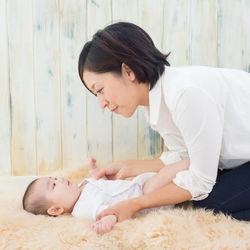 育児休業制度とは。条件や申請手続き方法、パパが取得する場合や延長について