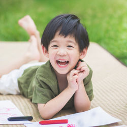 年長の男の子の子育て。友達関係の変化やおもちゃや遊びの好み、ふざけるときのしつけ方