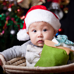 クリスマスパーティーを子どもと楽しもう。用意した料理や盛り上がるゲームなど
