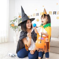 家族でハロウィンをたのしもう。意味や由来、かぼちゃのパーティーレシピや仮装、工作など