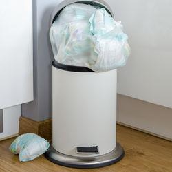 オムツ専用のゴミ箱は必要?ママたちが使っているゴミ箱やゴミ袋の種類と消臭方法