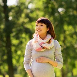 出産手当金を退職後に申請。健康保険での手続きと夫の扶養や国保などもらえない条件
