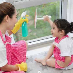 【大掃除】窓のサッシや窓拭き掃除をしよう。雑巾の使い方の工夫や裏ワザ