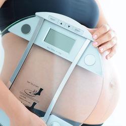 【産婦人科医監修】妊娠中の体重管理はいつから?食事メニューやコツ