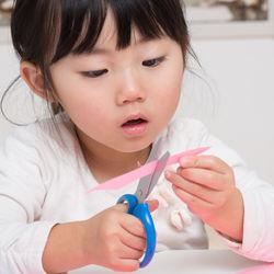 3歳児と楽しむ手作りおもちゃ。手順や遊び方など