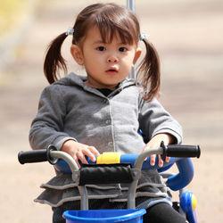 3歳児の三輪車の選び方。自転車へ切り替えるタイミングなど