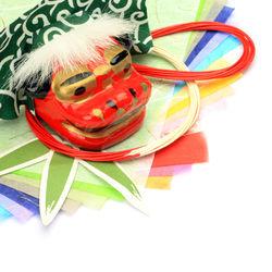 折り紙でお正月飾りを作ろう。親子で楽しめる簡単な折り方