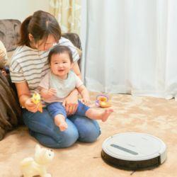 忙しい子育てママに!吸引・水拭きを同時にかなえる時短ロボット掃除機