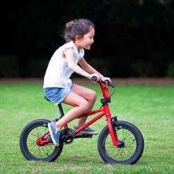 6歳の子どもの自転車選び。サイズなど選ぶポイントや確認したいこと