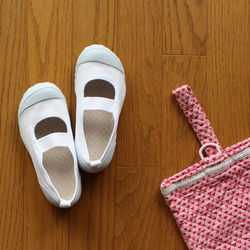 小学校の入学準備で用意する袋物。上履き袋などを手作りしよう