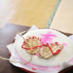 1歳のお祝いに用意する一升餅の食べ方。保存方法やあられのレシピ