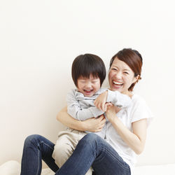 2歳児が「ママ大好き」と言ってくれるとき。言葉や行動などシーンなど