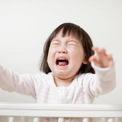 【体験談】赤ちゃんの夜泣きは何歳まで続く?夜泣きの乗り越え方とは
