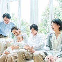 ママたちにきく、祖父母の孫育て。子どもの変化や預けるときのポイント