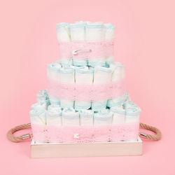 ベビーシャワーにピッタリ!簡単でおしゃれなオムツケーキの作り方。