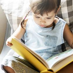 3歳の子どもへのプレゼントは?絵本や知育おもちゃなど