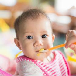 離乳食中期にあげるゼリーについて。作るときのポイントやレシピ