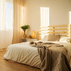 夫婦のダブルベッド。選び方や赤ちゃんの寝床などを調査