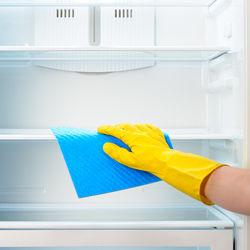 冷蔵庫のお掃除のペースはどのぐらい?タイミングや掃除方法