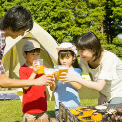 子どもとキャンプ料理を楽しもう。簡単レシピや楽しむポイント