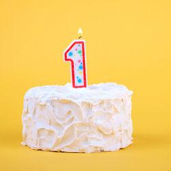 一歳の誕生日ケーキを手作りしよう。ヨーグルトなど使ったレシピ