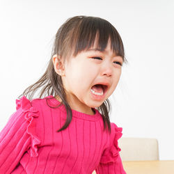 慣らし保育でいつまで泣くのか。泣きやまない子へ親ができることとは