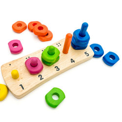 【体験談】2歳の子どもが夢中になる知育玩具。手作りする方法など