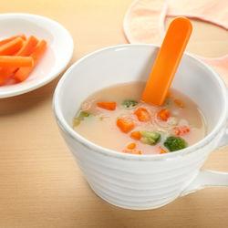 【離乳食後期】スープのアレンジレシピ。味付けや赤ちゃんに食べさせる量