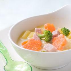 【離乳食完了期】スープのアレンジレシピ。味付けや赤ちゃんに食べさせる量