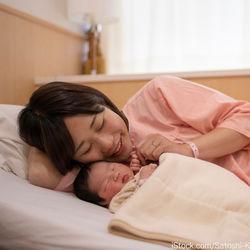出産後のお見舞いに知っておきたいマナーとは。差し入れやお土産など紹介