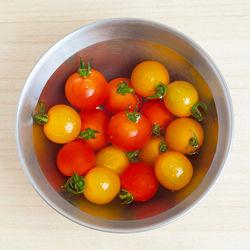 ミニトマトを使った離乳食中期の簡単レシピ。お粥やスープなど