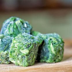 【離乳食中期】ほうれん草を使ったレシピや冷凍保存方法について