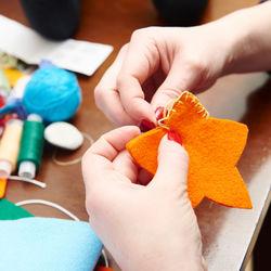 幼児が楽しめる知育玩具の手作りアイディア。フェルトを使って手作りしよう