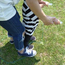 幼児と楽しく縄跳び練習を。教え方のコツや練習につながる遊びのアイディア