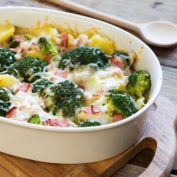 離乳食完了期に作るおいしいグラタン。野菜や麩を使った簡単レシピ