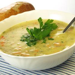 離乳食中期においしい野菜スープを作ろう。さまざまな食材を使った簡単レシピ