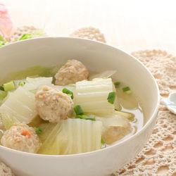 離乳食後期の白菜レシピ。与える量や調理のポイント
