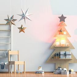 自宅の壁にクリスマスらしい壁画を。作り方や手作りのポイント