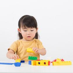 年長の女の子のために楽しいおもちゃを選ぼう
