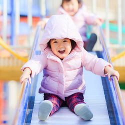 1歳の子どもとお出かけを楽しもう!おもちゃなどの持ち物と便利グッズ