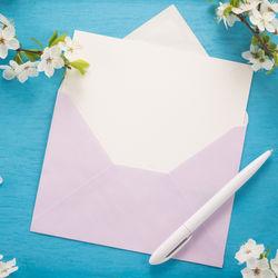 卒園時に先生へ贈る寄せ書き。デザインアイデアやメッセージの例文
