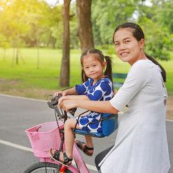幼稚園への送迎で使う自転車を選ぶとき。雨の日対策やサイズなど