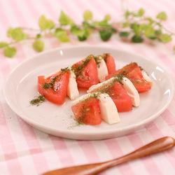 離乳食中期に。レンジで簡単!トマトと豆腐のカプレーゼ風