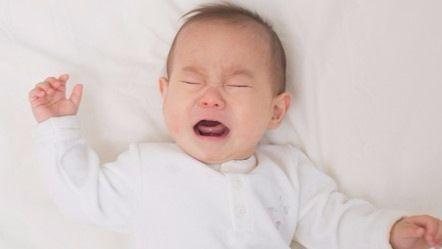 泣く 赤ちゃん 置い たら